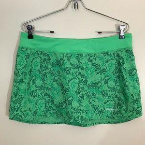 Patagonia green patterned skort women's medium